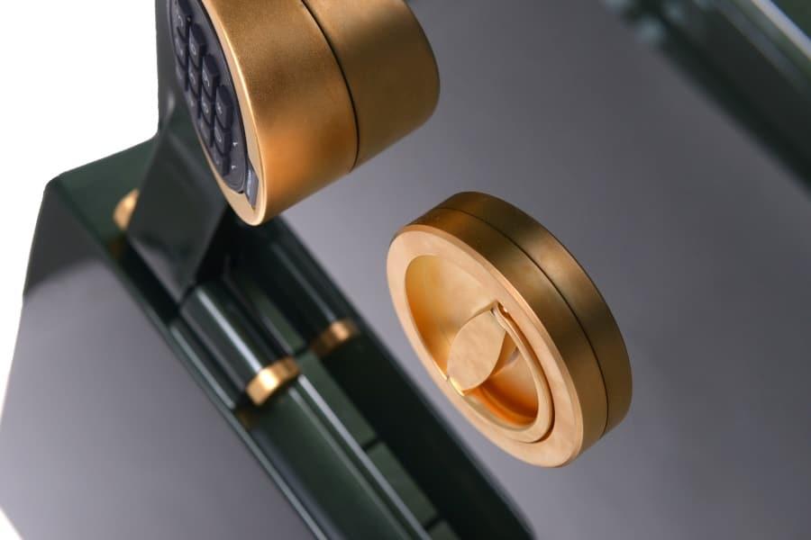 vergoldetes Verschlusssystem Luxus Safe